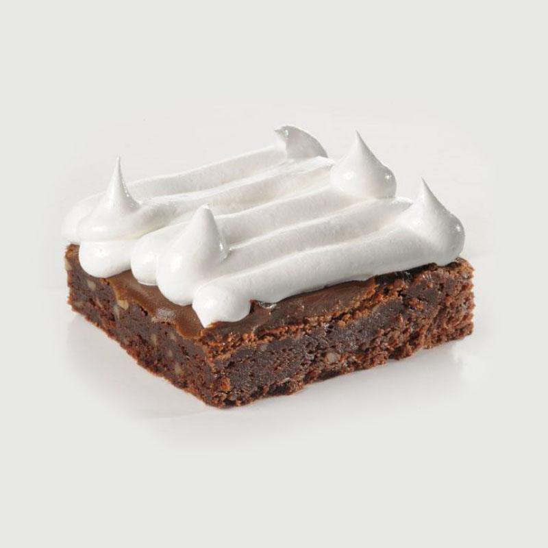 Cuadrado de Brownie con dulce de leche y merengue