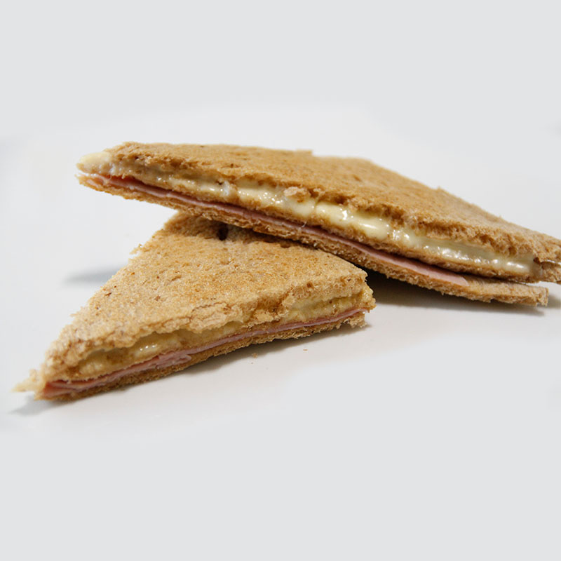 Sandwich Negro de Miga Tostado